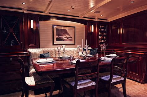 J Interiors by Antique And Classic 171 Yachtworld Uk