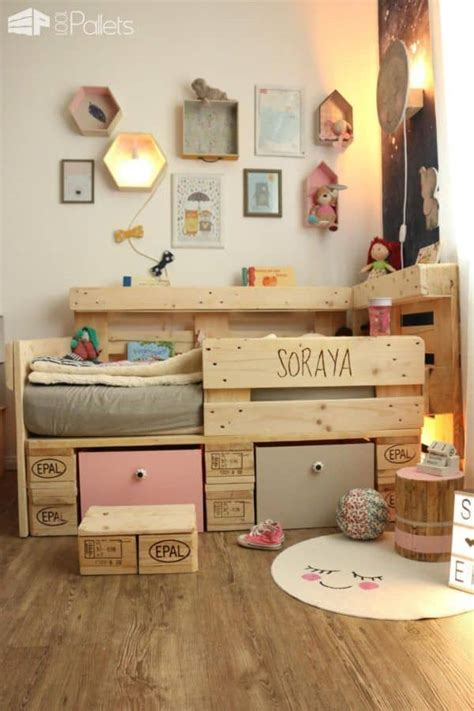 bett kinder toddler bed with pallets 1001 pallets