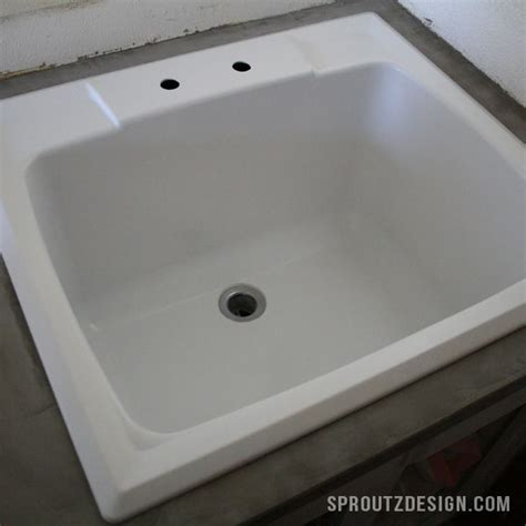easy tutorial  repainting  plastic sink