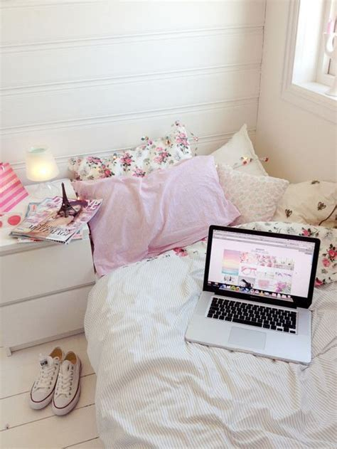 girly accessories for bedroom dream bedroom via pinterest discover and save creative