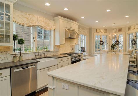 ideas for white kitchen cabinets 35 fresh white kitchen cabinets ideas to brighten your