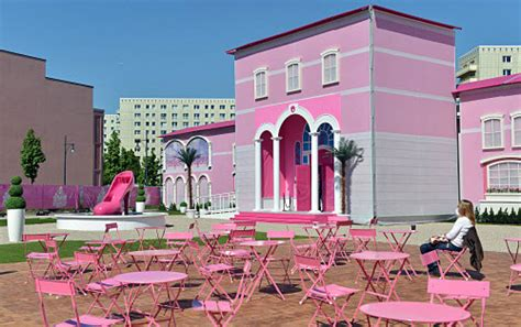 barbie dream house sawgrass barbie the dreamhouse experience