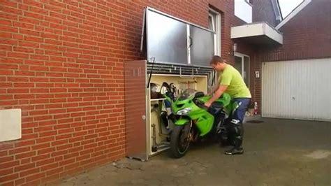 Die Motorrad Garage Uk by Innovative And Cool Motorcycle Storage Motorcycle