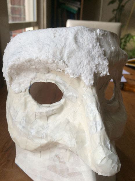 Steps In Paper Mache - make a bauta mask 3