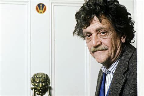 kurt vonnegut thesis topic definition and exles of topics for essays and