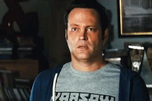 vince vaughn motorboat vince vaughn motorboat gif 2 187 gif images download