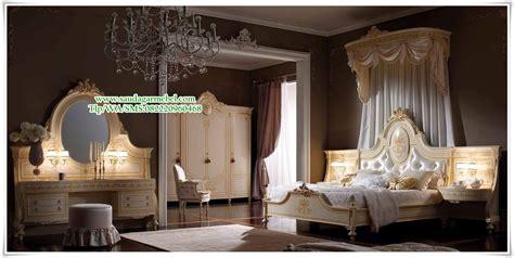 Dipan Kayu Kalimantan indoor indonesia furniture kamar set mewah klasik