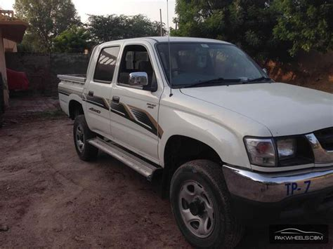Toyota Hilux 2005 Toyota Hilux 4x4 Cab Standard 2005 For Sale In