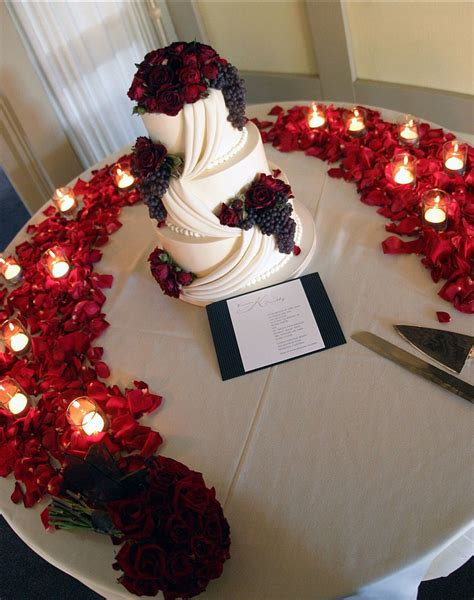 red rose themes com red roses wedding reception the weddinglinks com wedding