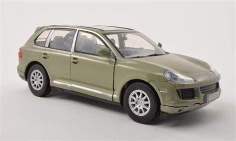 Porsche Cayenne (9PA) gris verde 2008 Motormax coches miniaturas 1/24 Comprar/Venta coches