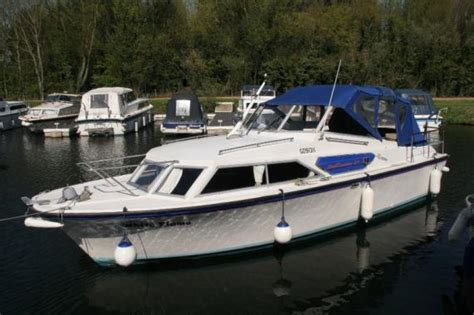 Cabin Boat For Sale by Cabin Cruiser Canal Boats For Sale Aplan