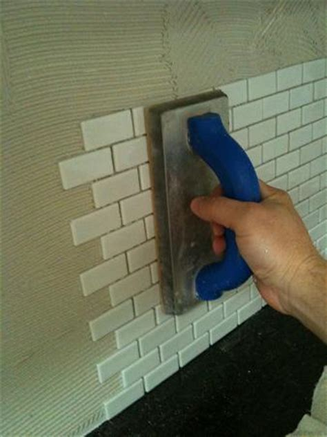 Glass Tile Installation with Ceramictec Recycled Glass Tile Backsplash Installation Ta Florida