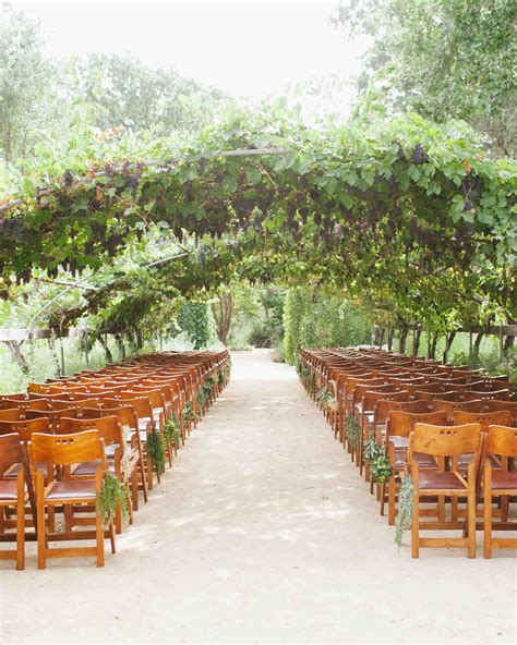 garden wedding northern ca a casual garden wedding in northern california martha stewart weddings