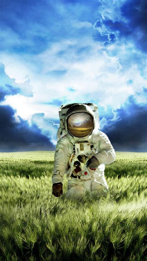 hd themes for moto g2 astronauts hd wallpapers for moto g g2 wallpapers pictures