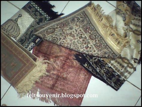 cara membuat karpet dari sajadah