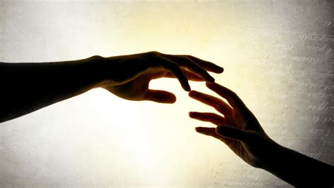 5 intrinsic benefits of helping others goalcast