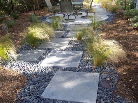 stepping stones for backyard best 25 stone walkways ideas on pinterest stone walkway