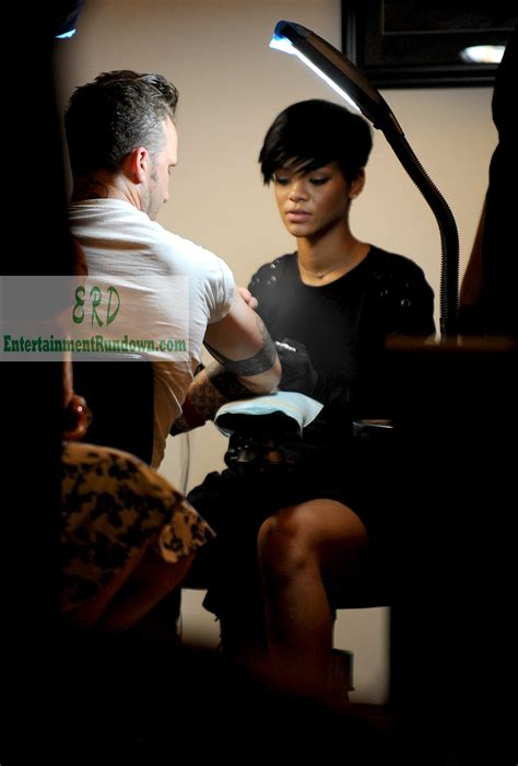 learning to tattoo rihanna learning to entertainment rundown