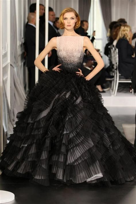 Haute Couture The Phone by 17 Best Images About Haute Couture Gowns On