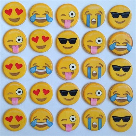 cookie emoji emoji cookies popsugar tech photo 3