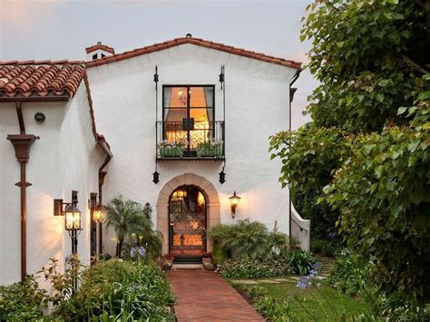 quintessential santa barbara home decor ideas