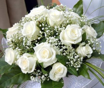 white wedding flowers lovetoknow