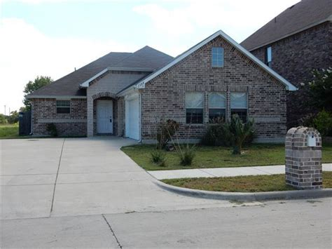 Homes For Sale In Denton Tx by 466 Homes For Sale In Denton Tx Denton Real Estate Movoto