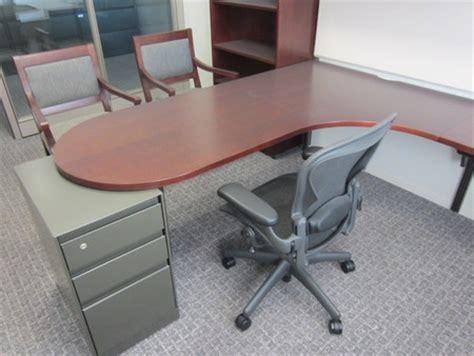 Steelcase Corner Desk Steelcase Corner Desk Steelcase Payback Used Right Return Computer Corner Desk Mahogany