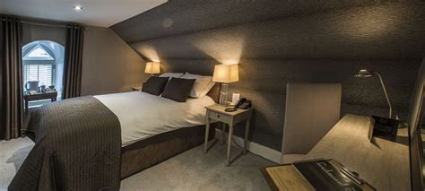 age to reserve hotel room book guest room 6 at the heathmount inverness hotel scotland