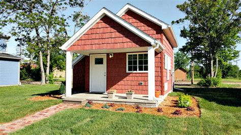 tiny houses rent to own these tiny houses help minimum wage workers become