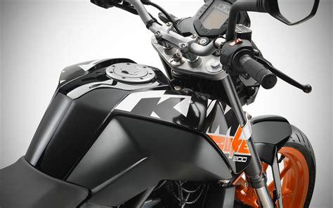Ktm Duke 200 Black 2017 Ktm Duke 200 Launched In India At Inr 1 43 Lakhs