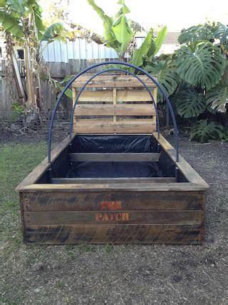pallet raised garden bed pallet raised garden bed 1001 pallets