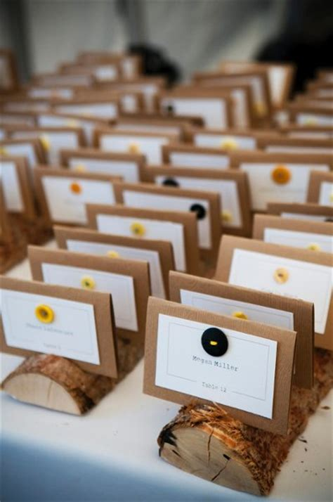 place card ideas tips ideas place cards escort cards a day to