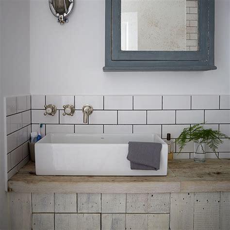 industrial style bathroom  metro tiles decorating