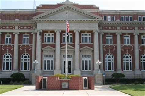 Manatee County Court House by Desoto County Criminal And Traffic Ticket Lawyer