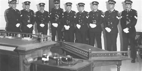 Niagara Falls Arrest Records Niagara Regional Officers Pose For A Photograph Details