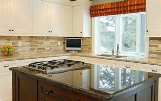 kitchen backsplash ideas with white cabinets wood