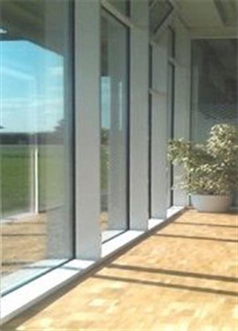 Folie Für Fenster Gegen Hitze by Bildschirmarbeitsplatz Hitze Blendschutz M