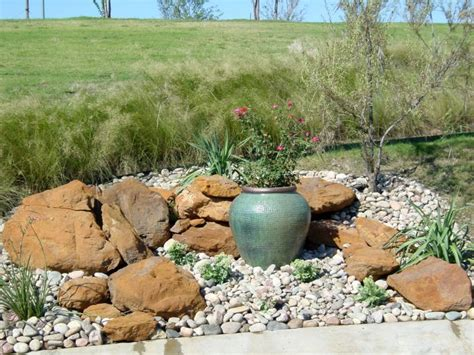 Landscape Rock Designs 18 Simple Small Rock Garden Designs