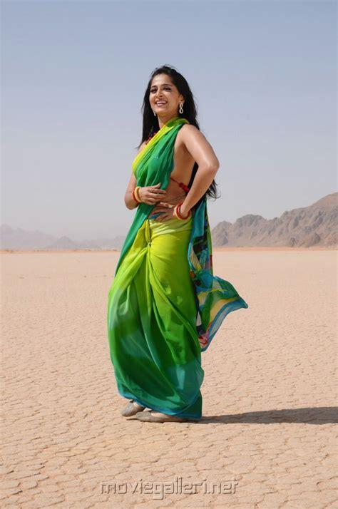 Anushka Shetty Wardrobe by Picture 91599 Ragada Anushka Spicy Saree Stills New Posters