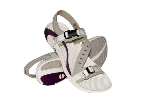 nike air sandals nike air riovera womens sandals vintage prp sail