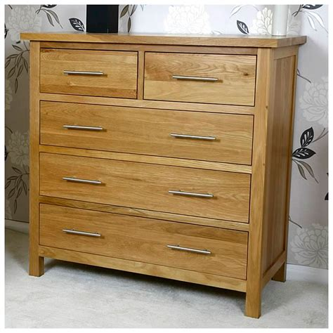 solid oak chest of drawers 2 3 light oak bedroom