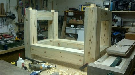 Workbench Base Woodcanuck S Blog Free Plans Building Wood Workbench