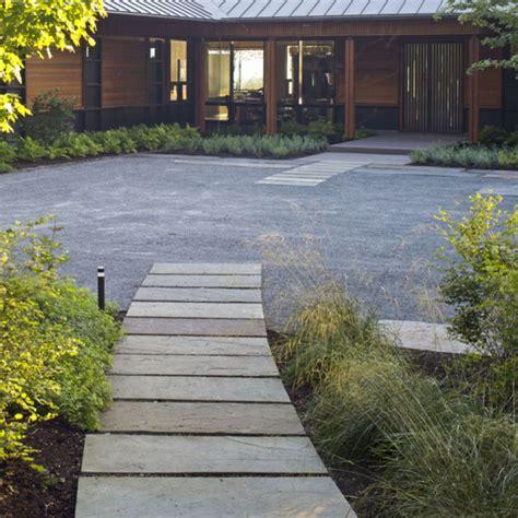 Landscaping Ideas Vermont Segmented Bluestone Walkway Modern Landscape