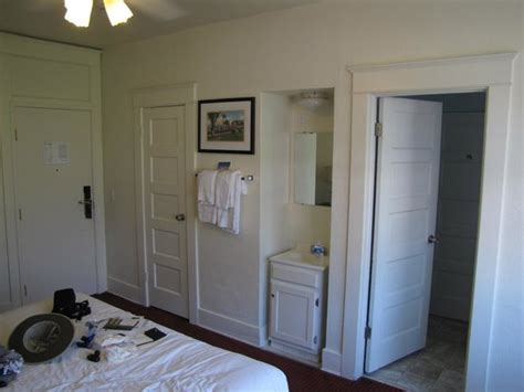 bathroom with 2 entrances closet sink shared bathroom entrance from king bedroom