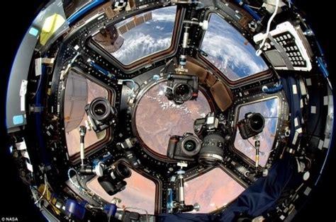 iss cupola 지구 전망 은 여기서 nasa 우주정거장 내부사진 공개