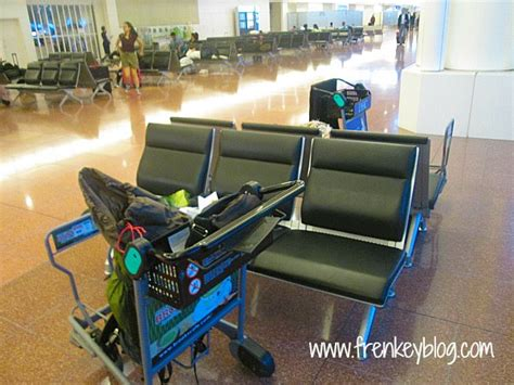 tidur di bandara haneda tokyo demi ngirit