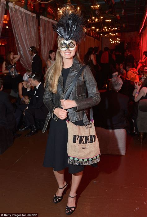 10 Masks To Match Your Black Dress by Model Lindsay Ellingson Outshines The Competition In