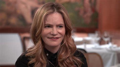 jennifer jason leigh interview cbs press express oscar nominated actress jennifer jason