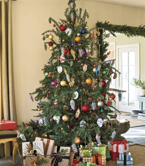 Tree Trimming Ideas Others Festive Tree Trimming And Decorating